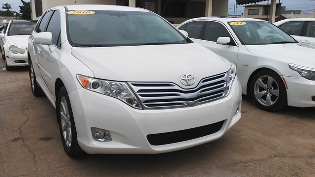 toyota venza 2010 centre auto togo vehicules d. Black Bedroom Furniture Sets. Home Design Ideas